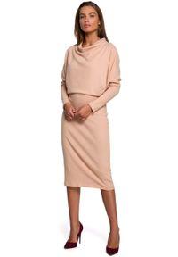 MOE - Kimonowa Sukienka z Ołówkowym Dołem - Beżowa. Kolor: beżowy. Materiał: elastan, bawełna. Typ sukienki: ołówkowe