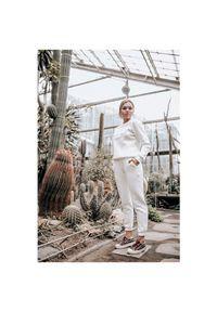 Susan Sport x Kuba Wojewódzki - Białe spodnie dresowe Susan Sport. Kolor: biały. Materiał: dresówka