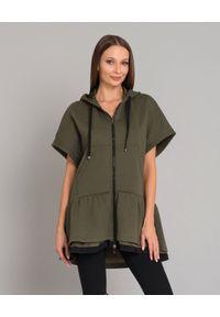 MONCLER - Bawełniana bluza z kapturem. Okazja: na co dzień. Typ kołnierza: kaptur. Kolor: zielony. Materiał: bawełna. Wzór: nadruk. Styl: casual