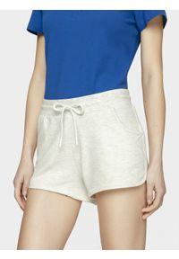 4f - Spodenki dresowe damskie. Kolor: biały. Materiał: dresówka