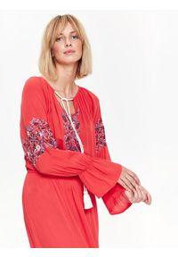 Czerwona sukienka TOP SECRET na lato, casualowa