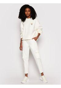 Levi's® Spodnie materiałowe Cargo 36693-0006 Biały Regular Fit. Kolor: biały. Materiał: materiał