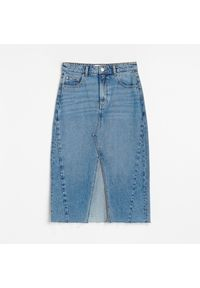 Reserved - Jeansowa spódnica midi - Niebieski. Kolor: niebieski. Materiał: jeans