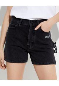 OFF-WHITE - Czarne jeansowe szorty. Kolor: czarny. Materiał: jeans. Wzór: aplikacja