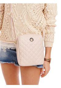 Różowa torebka Monnari elegancka, pikowana