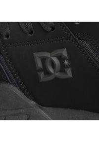 Czarne buty sportowe DC z cholewką