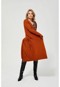 Sweter MOODO długi, z długim rękawem, z dekoltem w serek