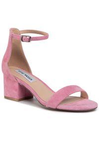 Różowe sandały Steve Madden