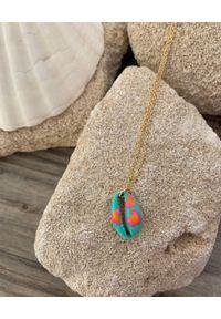 BONK IBIZA - Niebieski naszyjnik z muszlą Maca. Materiał: srebrne, pozłacane. Kolor: pomarańczowy