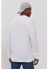 Vans - Longsleeve PRIDE. Kolor: biały. Materiał: dzianina. Długość rękawa: długi rękaw. Wzór: nadruk