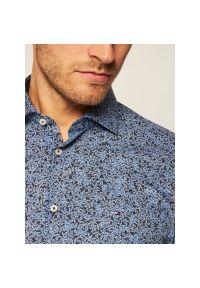 Niebieska koszula casual Tommy Hilfiger Tailored z nadrukiem