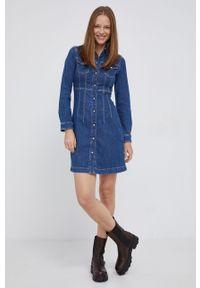 Pepe Jeans - Sukienka jeansowa Lacey. Kolor: niebieski. Materiał: tkanina. Długość rękawa: długi rękaw. Wzór: gładki. Typ sukienki: dopasowane