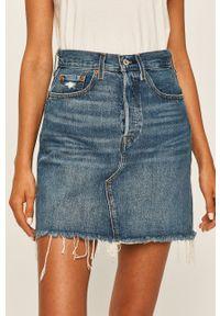 Levi's® - Levi's - Spódnica jeansowa. Okazja: na co dzień, na spotkanie biznesowe. Stan: podwyższony. Kolor: niebieski. Materiał: jeans. Styl: biznesowy, casual