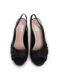 Czarne sandały Xti casualowe, na co dzień
