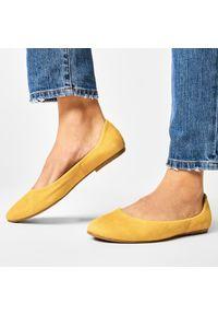 Żółte baleriny Baldaccini z cholewką