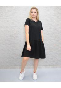 Deha - DEHA - Czarna sukienka mini z lnu. Kolor: czarny. Materiał: len. Typ sukienki: sportowe. Styl: sportowy. Długość: mini