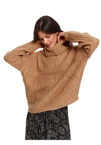 TOP SECRET - Sweter z golfem we wzory. Okazja: na co dzień. Typ kołnierza: golf. Materiał: tkanina. Długość rękawa: długi rękaw. Długość: długie. Sezon: zima. Styl: casual, elegancki