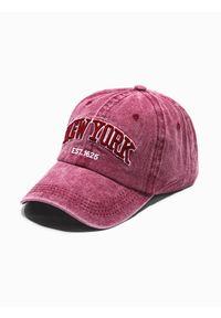 Czerwona czapka Ombre Clothing