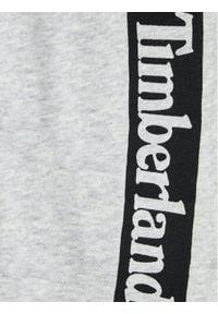 Timberland Spodnie dresowe T24B51 S Szary Regular Fit. Kolor: szary. Materiał: dresówka