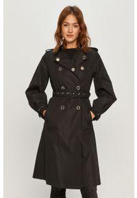 Czarny płaszcz Guess bez kaptura