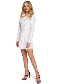 MOE - Koszulowa Sukienka z Gorsetowym Wiązaniem - Biała. Typ kołnierza: dekolt gorset. Kolor: biały. Materiał: len, poliester. Typ sukienki: koszulowe, gorsetowe