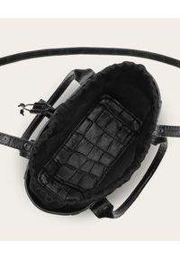 BALAGAN - Czarna torba w zwierzęcy wzór Mini Sal Tote. Kolor: czarny. Wzór: motyw zwierzęcy. Materiał: z tłoczeniem. Styl: wizytowy, elegancki, casual