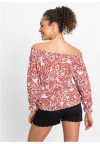 """Shirt z dekoltem """"carmen"""" LENZING™ ECOVERO™ bonprix brązowy marsala w kwiaty. Typ kołnierza: typu carmen. Kolor: czerwony. Materiał: materiał. Wzór: kwiaty"""