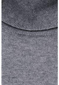 Vero Moda - Sweter. Okazja: na co dzień. Typ kołnierza: golf. Kolor: szary. Materiał: włókno, dzianina. Długość rękawa: długi rękaw. Długość: długie. Styl: casual