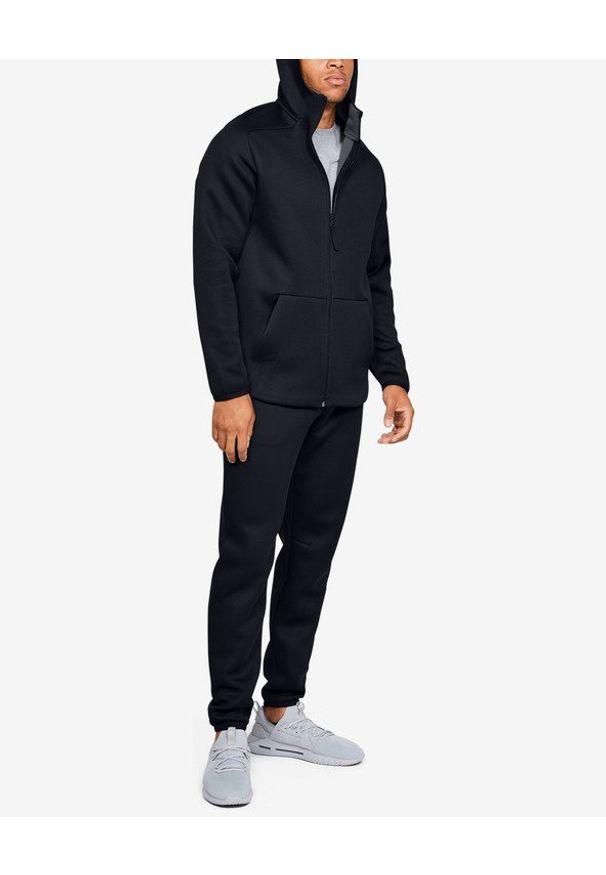 Czarna bluza Under Armour długa, w kolorowe wzory, z kapturem