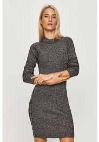 Calvin Klein Jeans - Sukienka. Kolor: szary. Materiał: materiał. Długość rękawa: długi rękaw. Typ sukienki: dopasowane