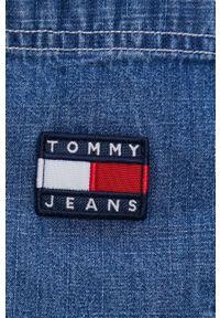 Tommy Jeans - Koszula bawełniana jeansowa. Okazja: na co dzień. Kolor: niebieski. Materiał: bawełna. Długość rękawa: długi rękaw. Długość: długie. Styl: casual