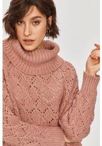 Różowy sweter Answear Lab z golfem, wakacyjny, z długim rękawem