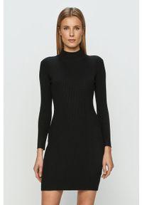 Czarna sukienka TALLY WEIJL dopasowana, z długim rękawem