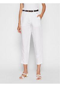 Rinascimento Spodnie materiałowe CFC0103571003 Biały Regular Fit. Kolor: biały. Materiał: materiał