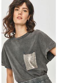 Szara bluzka Answear Lab wakacyjna, z aplikacjami