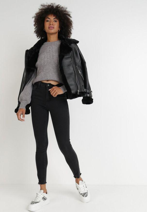 Born2be - Czarne Jeansy Skinny Hermime. Okazja: na co dzień. Stan: podwyższony. Kolor: czarny. Wzór: aplikacja. Styl: casual