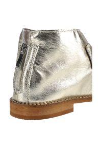 Dwunasty Shoes - Sandały DWUNASTY SHOES 3021 Złota Skóra. Kolor: złoty. Materiał: skóra