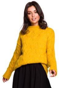 Pomarańczowy sweter oversize MOE