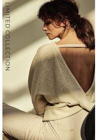 Answear Lab - answear.LAB X Paulina Krupińska Bluza z certyfikatem OEKO-TEX kolekcja limitowana Ethical Wardrobe. Kolor: beżowy. Materiał: włókno, dzianina, dresówka, materiał. Styl: wakacyjny