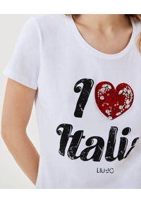Liu Jo - LIU JO - Biały t-shirt z aplikacją. Kolor: biały. Materiał: bawełna. Wzór: aplikacja. Sezon: lato, wiosna