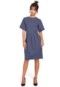 MOE - Niebieska Sukienka Dresowa z Zakładkami. Kolor: niebieski. Materiał: dresówka