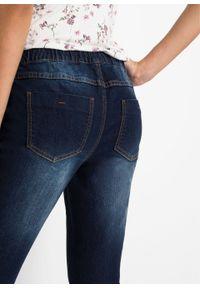 Niebieskie jeansy bonprix długie