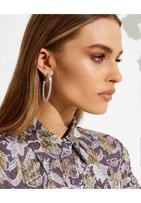 AMINA MUADDI - Kolczyki z kryształami Cameron Large. Materiał: srebrne. Kolor: srebrny. Kamień szlachetny: kryształ