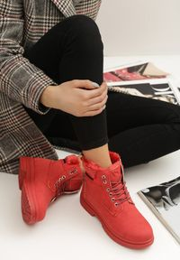Czerwone trapery Renee