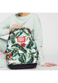 Superdry - Plecak SUPERDRY - Hawaiin Montana W9110130A Mint Indo Leaf. Kolor: zielony. Materiał: materiał