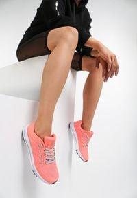 Renee - Pomarańczowe Buty Sportowe Everywhere. Okazja: na co dzień. Kolor: pomarańczowy. Materiał: materiał. Sport: bieganie
