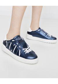 Niebieskie sneakersy VALENTINO na płaskiej podeszwie