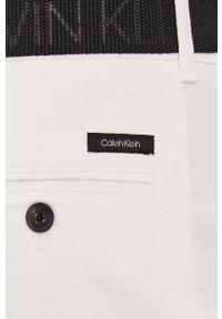 Białe szorty Calvin Klein na co dzień, gładkie, casualowe