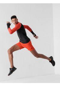4f - Spodenki do biegania szybkoschące męskie. Kolor: pomarańczowy. Materiał: dzianina, skóra. Sport: fitness