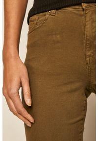 Zielone spodnie materiałowe medicine z podwyższonym stanem